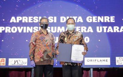 Rektor UMSU Raih Penghargaan Dharma Karya Kencana